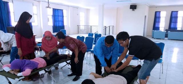 Dinsos Lamongan Beri Pelatihan bagi Tuna Netra