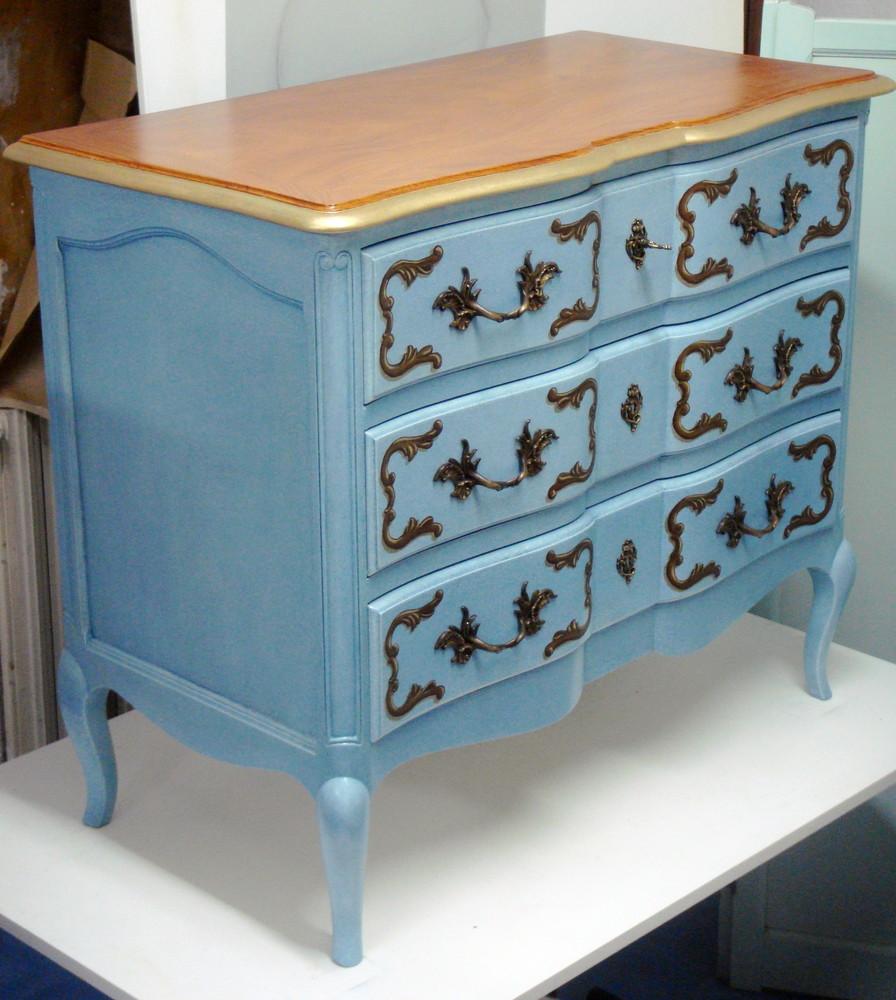 meubles peints magenta clermont ferrand commode louis xv avec motifs en trompe l 39 oeil sur une. Black Bedroom Furniture Sets. Home Design Ideas