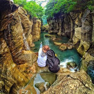 Sungai Cikahuripan, Bandung