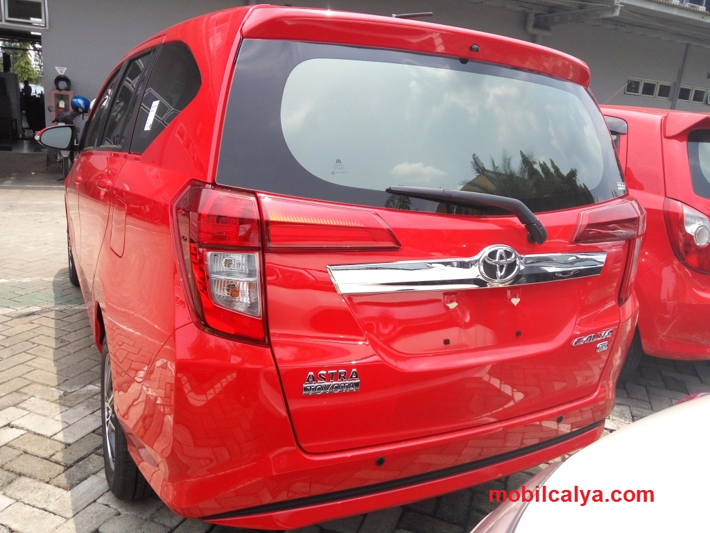 Warna Gambar Video Foto Mobil Toyota Calya Merah Interior 2016 2017