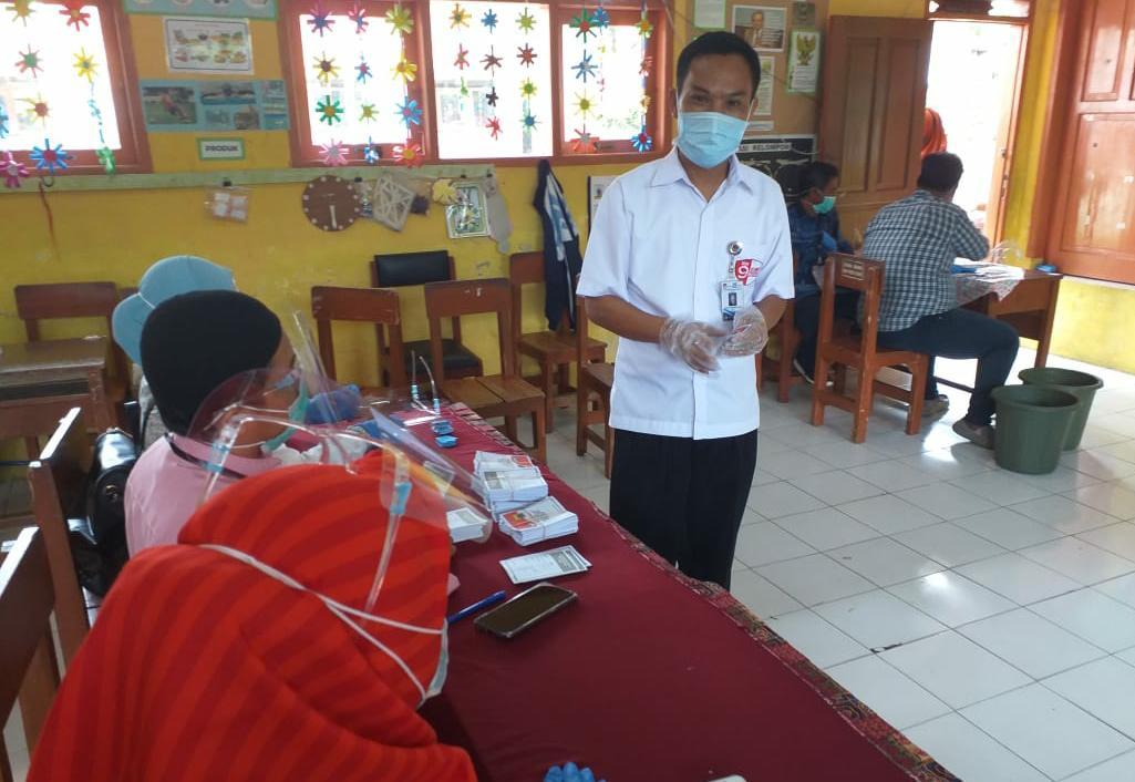 Hasil Quick Count, Pasangan H.Herman Suherman - TB.Mulyana Syahrudin Di Cipanas Unggul