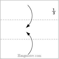 Bước 2: Gấp hai cạnh giấy vào trong