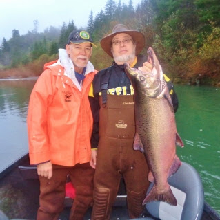 southern-Oregon-coast-salmon-fishing