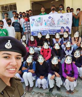 महिला जन जागरूकता अभियान 'सम्मान' के तहत गल्र्स स्कूल कालेज में महिला सुरक्षा विषय पर वाद-विवाद प्रतियोगिता व चित्रकला, रंगोली, नुक्कड नाटक आयोजित