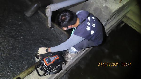 彰化環保局守護東螺溪 查獲養豬場繞流偷排廢水