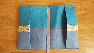 DIY Felt Book Covers (with tutorial)