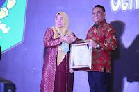 Bupati Bima Raih Penghargaan TOP 99 Inovasi Nasional