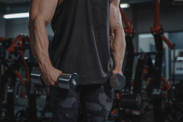 How-to-keep-muscles-pumped-up-all-day