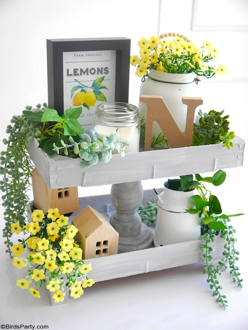 "DIY Farmhouse Summer Decor - easy crafts projects and ideas to recycle ""trash"" into pretty decor for the home and for a summer party table! by BirdsParty.com @birdsparty #diy #farmhouse #homedecor #farmhousedecor #farmhousediy #dollartree #crafts #recycling #recycleddecor"