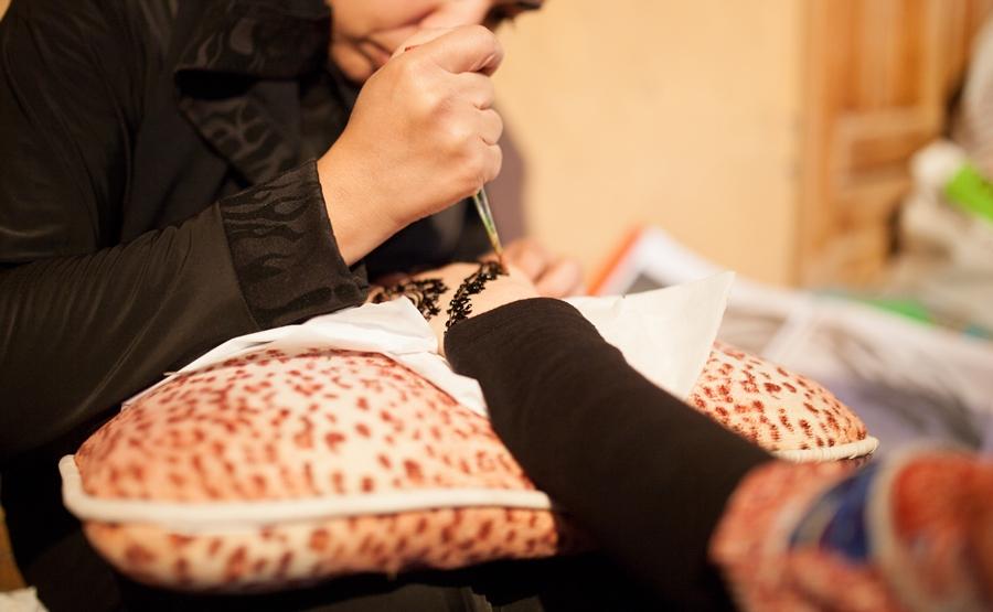 arabic uae desert henna