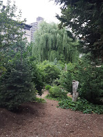jardin comunitario denso