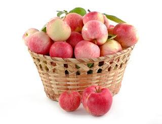 सेब में छिपा है स्वास्थ्य का राज , Apple Benefits in Hindi, apple benefits, सेब के फायदे , seb khane ke fayde, seb ke fayde, healthy apple,  Impressive Health Benefits of Apples, seb ke gun, seb se labh, swasthya vardhak seb phal, सेब स्वास्थ्य वर्धक फल