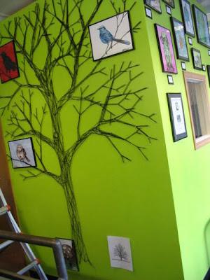 Arte y diseño con un  árbol en la pared