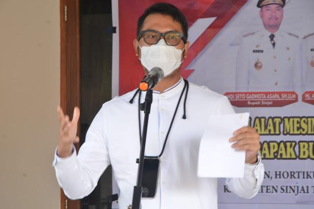 Andi Seto: Jangan Khawatir soal Kesehatan dan Pendidikan, Kami Ada dan Siap untuk Masyarakat