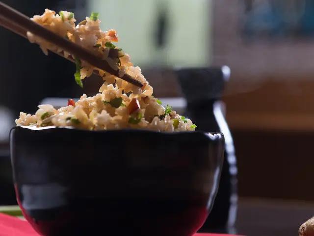 Arroz frito chino o yakimeshi