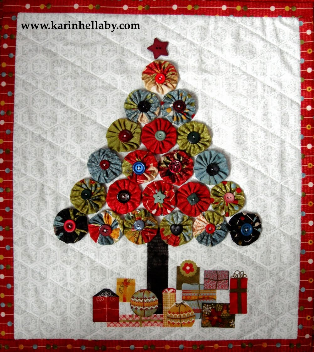Pinterest Christmas Quilted Wall Hangings Quilt Inspiration Free Pattern Day Christmas Quilts Part