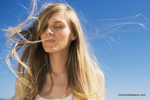 Dermatologistas dão dicas de como proteger os cabelos dos danos solares