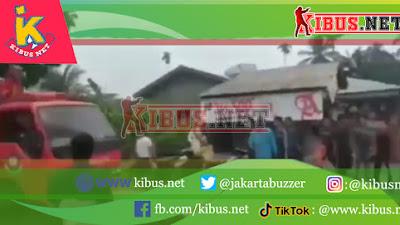 Sijago Merah Lahab 8 Rumah di Desa Sei Apung Kabupaten Asahan Sumatera Utara