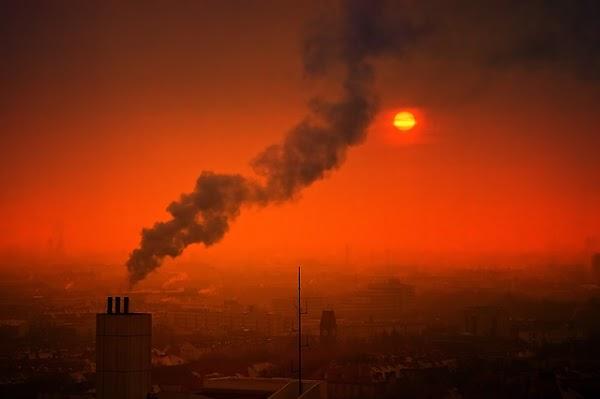 Contaminación del aire relacionada con la demencia