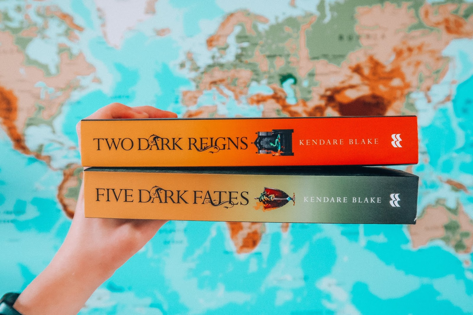 BOOKS ON MY TO READ LIST KENDARE BLAKE ANNA TWENTY SEVEN