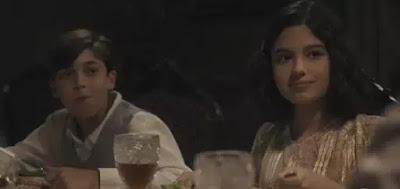 Ernesto (João Vitor Manhães) e Rita (Noham Hadam)