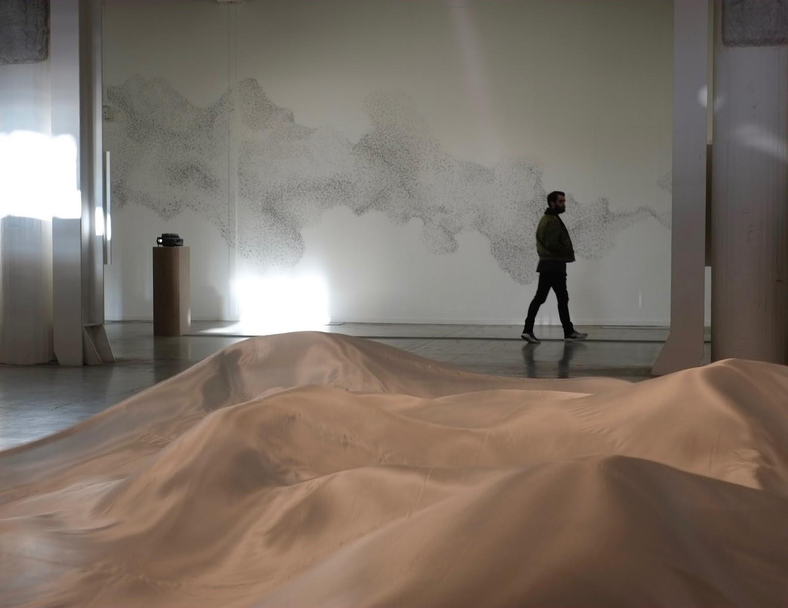 Ein see ist immer ganz in der n he mondes flottants for Biennale artisanat d art