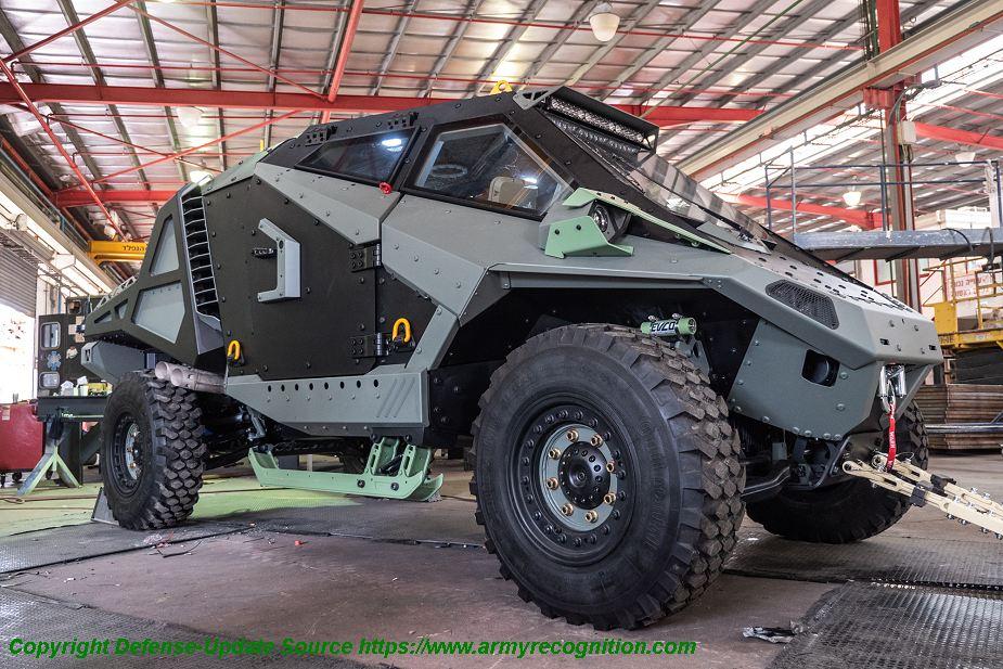 https://1.bp.blogspot.com/-u1tsYZvG3pM/Wxu7JBoFobI/AAAAAAAAdoI/ow9R-ERCOU0p_JP1AtNRvChCtc3_qxMPgCLcBGAs/s1600/Eurosatory_2018_Carmor_from_Israel_unveils_Mantis_Light_Protected_wheeled_Tactical_Vehicle_925_001.jpg