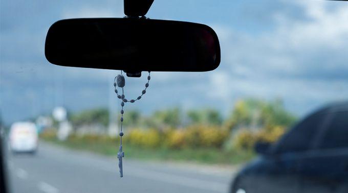 Resultado de imagem para carro para uso da igreja catolica