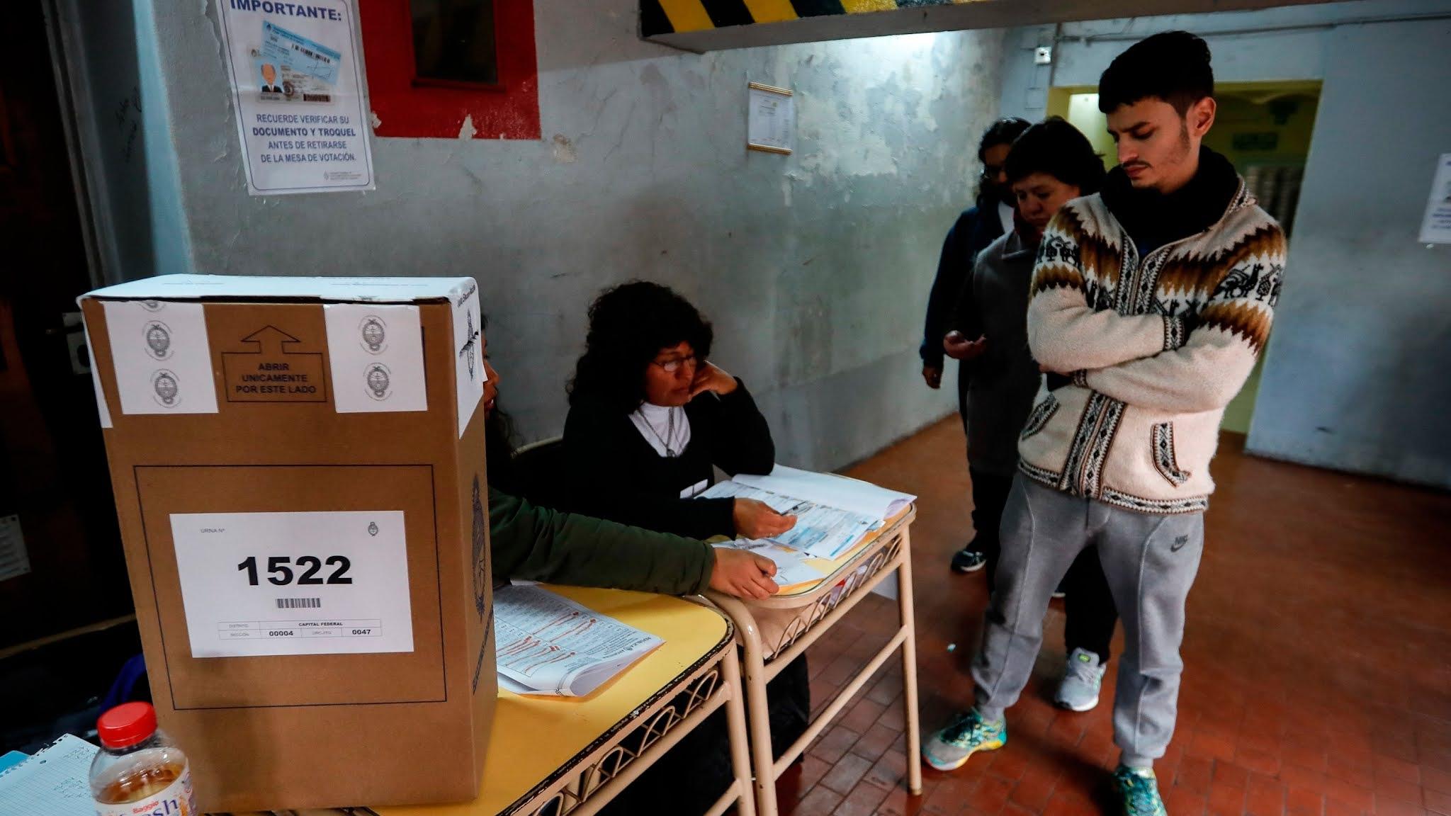 Se determinó que quienes tengan coronavirus, presenten síntomas o sean contacto estrecho no deberán ir a votar