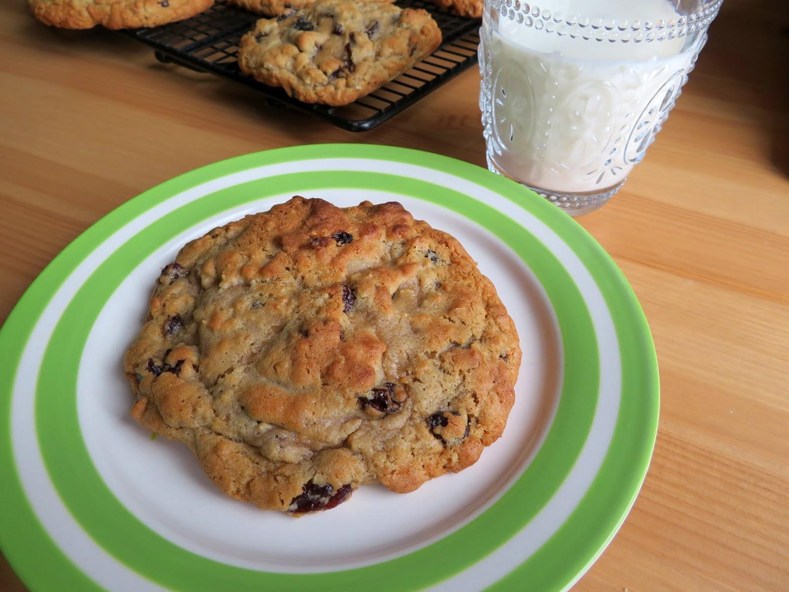 Levain Bakery Oatmeal Raisin Cookies The English Kitchen