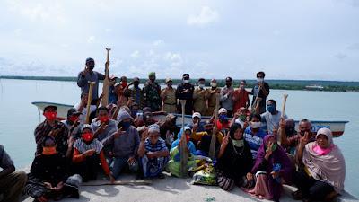 34 Unit Perahu Nelayan Diserahkan Pemkab Buton Tengah