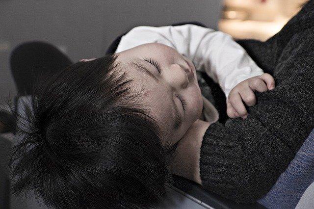 Cara Mengatasi Sariawan Pada Bayi