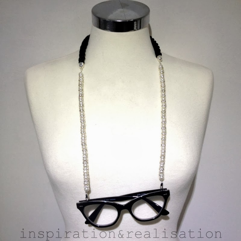 2cc35f938c6 inspiration and realisation  DIY fashion blog  DIY pearls eyewear chain
