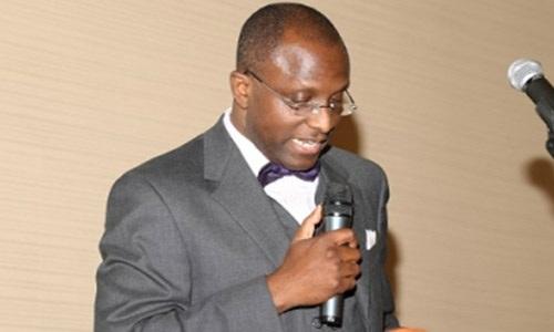 Laolu Akande Biography