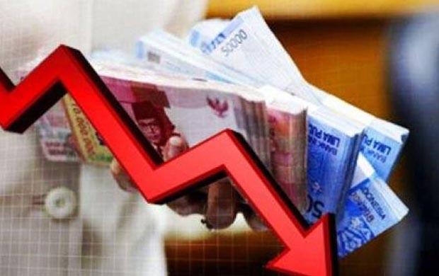 Dolar Mengamuk, Rupiah pun Melempem ke Level Rp13.517/USD