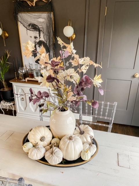 pumpkin dining table decor