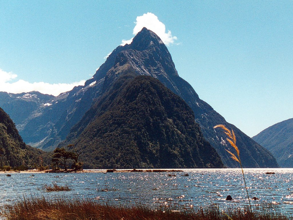Beautiful Country New Zealand Wallpapers  Wallpapers Pictures Lovers