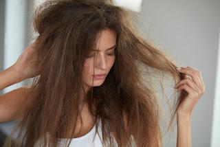 علاج الشعر الجاف والخشن