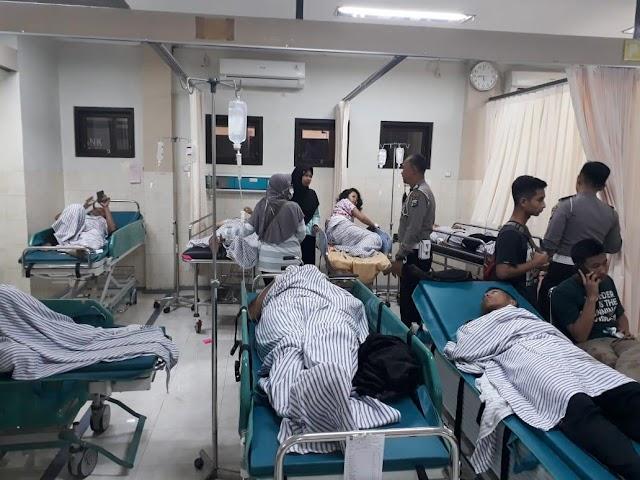 Bus Studi Tur dari Banyuwangi Terguling, 20 Orang Terluka
