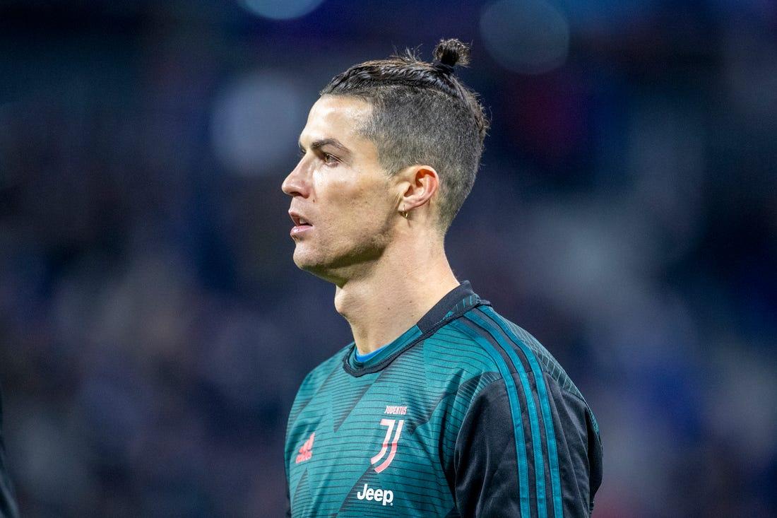 "Cristiano Ronaldo Listens To ""Jerusalema"" – Master KG & Other SA Celebs React!"