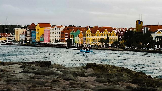 Curaçao, a cidade colorida