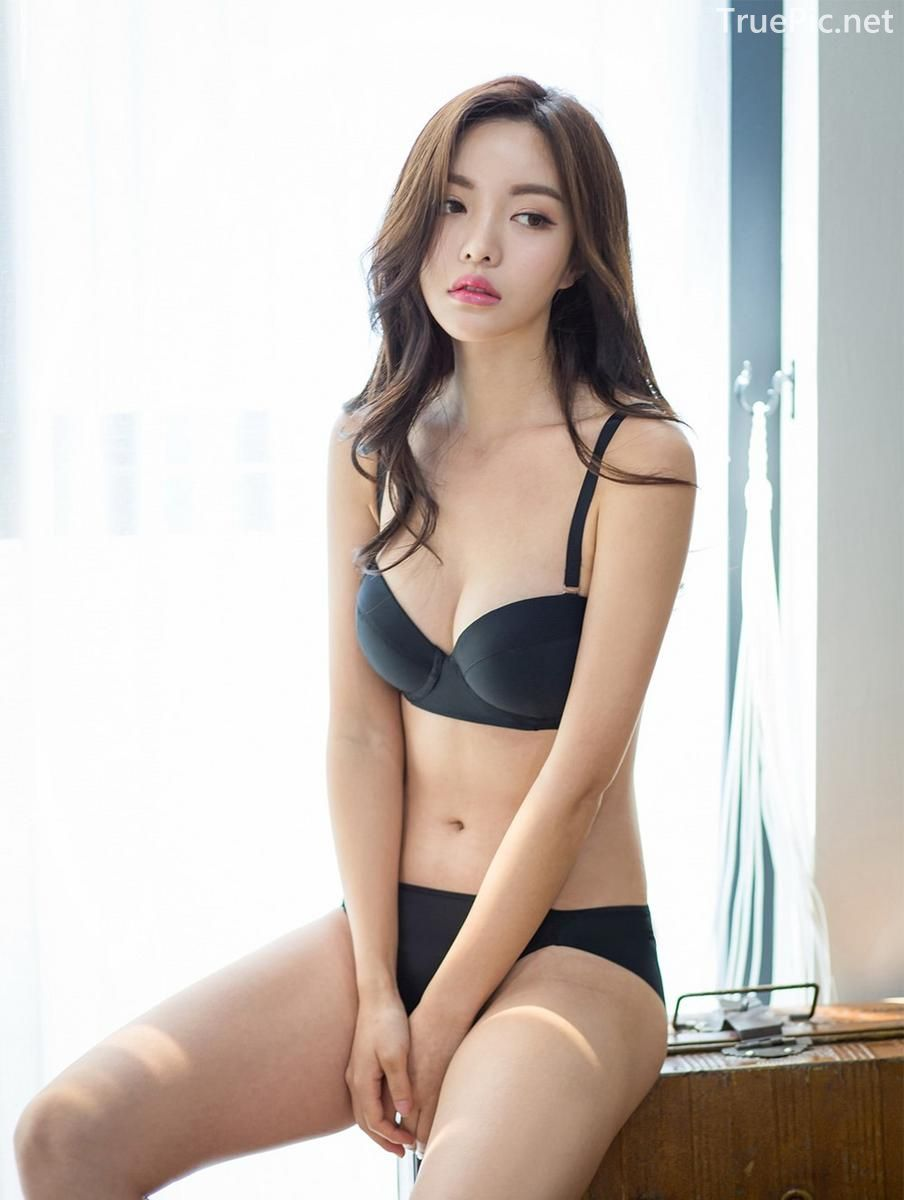 Korean model and fashion - Jin Hee - Black and white Lingerie - Picture 6