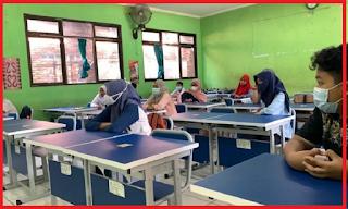 Sekolah Wajib Sediakan Opsi Tatap Muka, Orang Tua Berhak Memilih