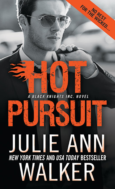 Excerpt, Giveaway, Hot Pursuit,  Julie Ann Walker, Bea's Book Nook