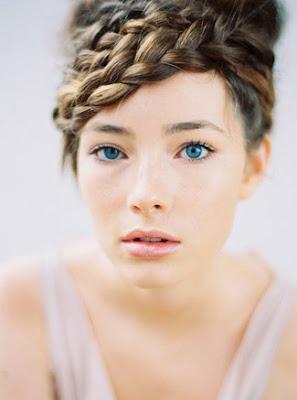 2017 yeni örgülü saç modelleri