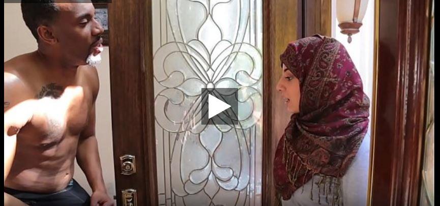 bokep arab jilbab ngentot sama bule kontol gede sampai
