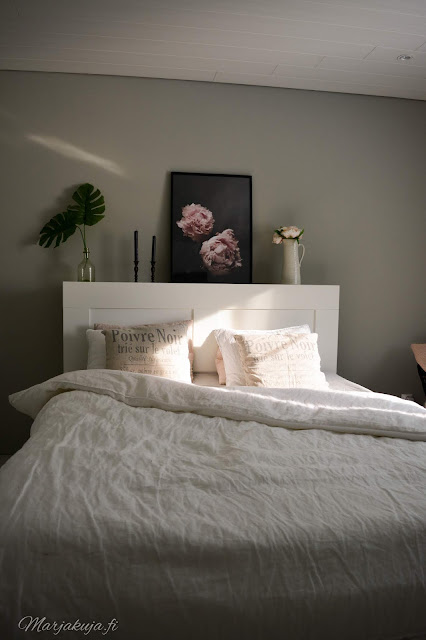kirppis kirpputori kirppislöytö koti boheemi skandinaavinen persoonallinen kierrätys ikea brimness makuuhuone pellava