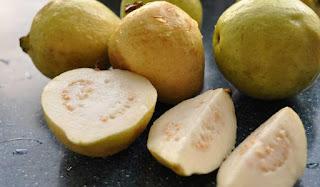 فوائد الجوافة لمرضى السكر وأضرار الإفراط في تناول الجوافة