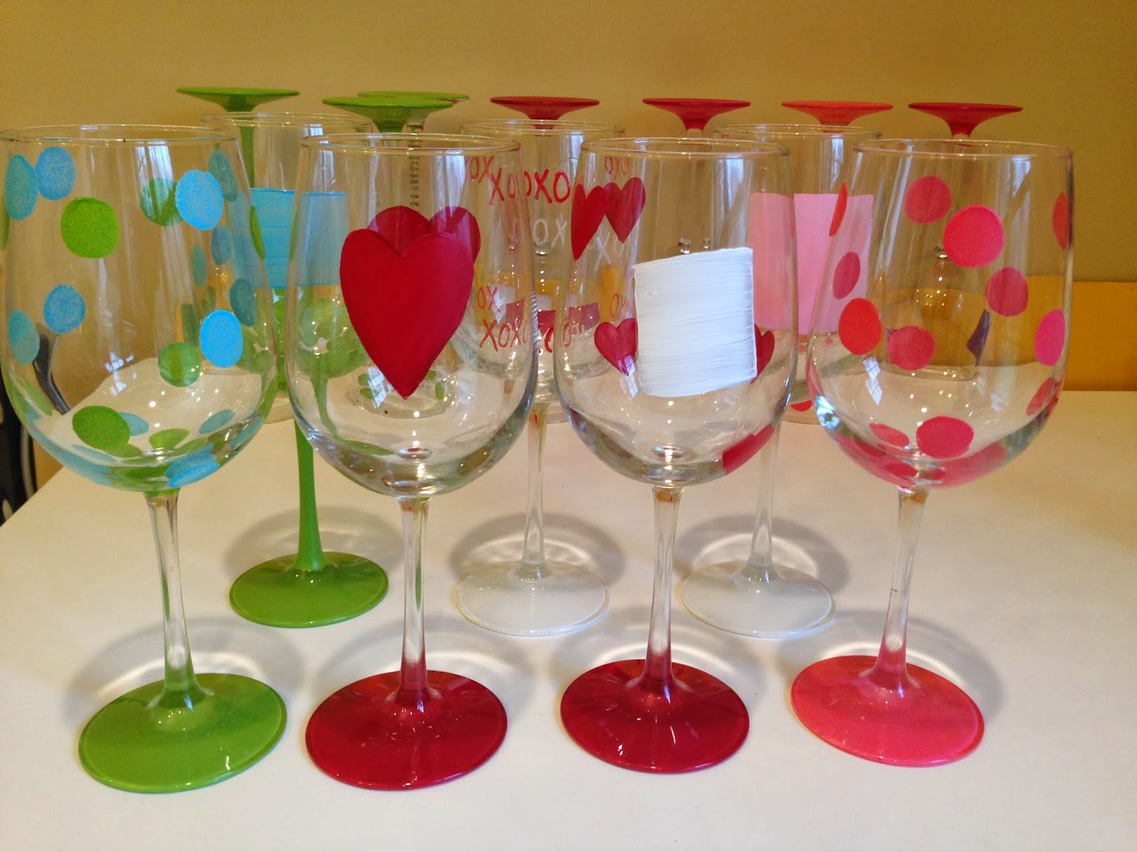 Not your ordinary psychic mom how to paint wine glasses for Paint vino