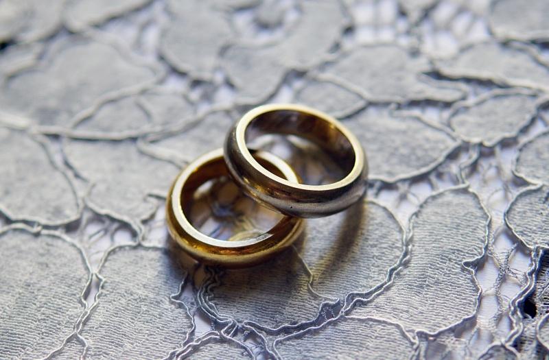 avioliitto, rakkaustarina, suomalainen_rakkaustarina, vihkisormukset